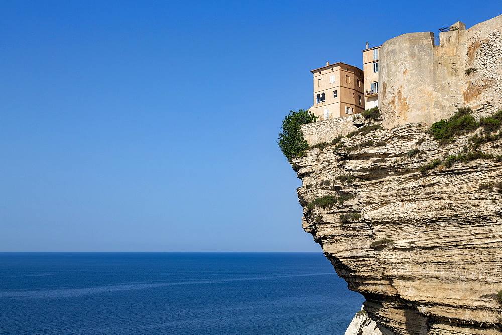 The Citadel and old town of Bonefacio perched on rugged cliffs - 785-2359