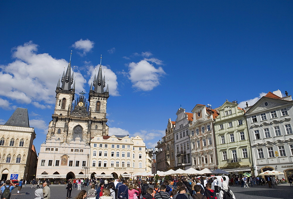 Cafes and Church of Our Lady before Tyn, Old Town Square, Old Town, Prague, Czech Republic, Europe