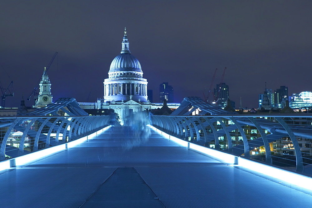 St Paul's Cathedral and the Millennium Bridge, London, England, United Kingdom, Europe - 790-35