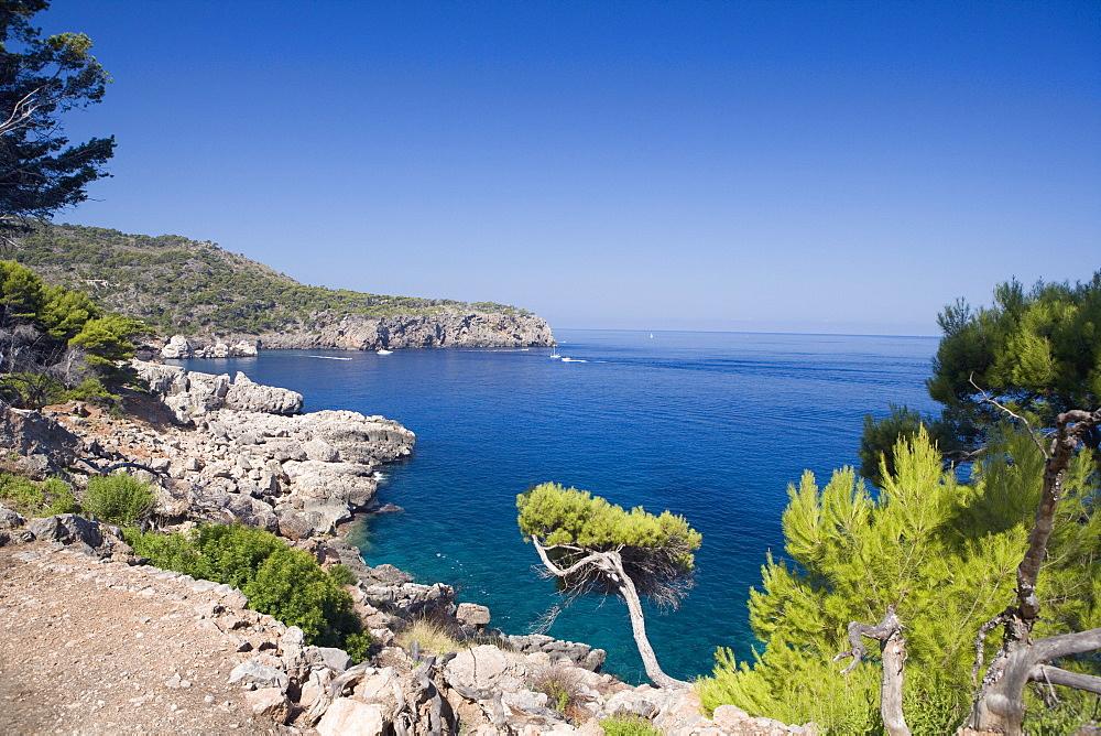 Cala de Deia, north coast of Majorca, Balearic Islands, Spain, Mediterranean, Europe - 791-22
