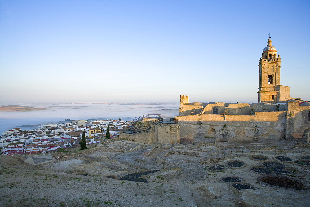 Misty dawn, Medina Sidonia, Andalucia, Spain, Europe