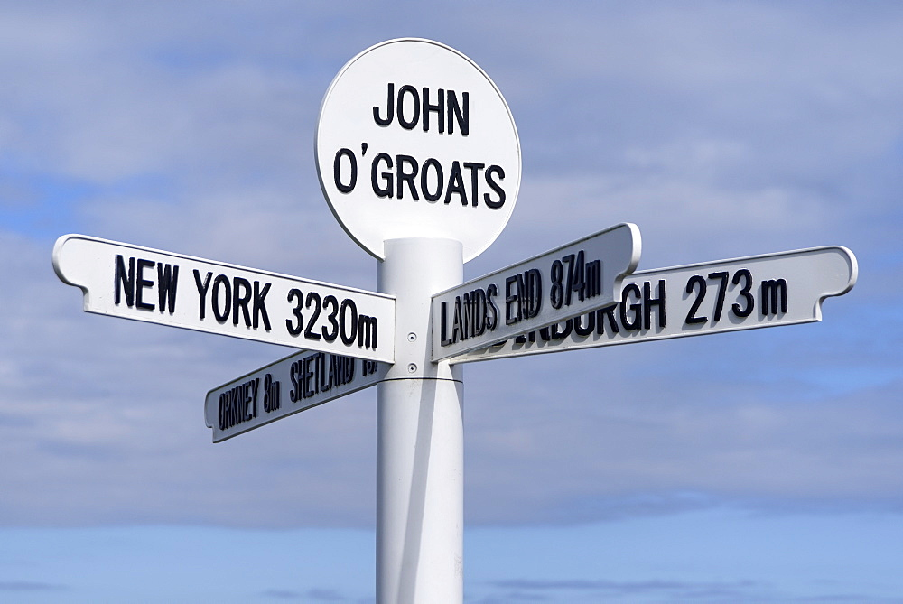 Multi directional signpost, John O'Groats, Caithness, Highland Region, Scotland, United Kingdom, Europe - 792-788