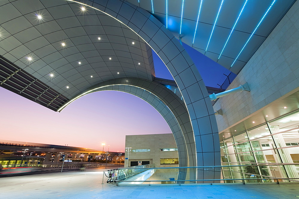 Stylish modern architecture of Terminal 3 opened in 2010, Dubai International Airport, Dubai, United Arab Emirates, Middle East