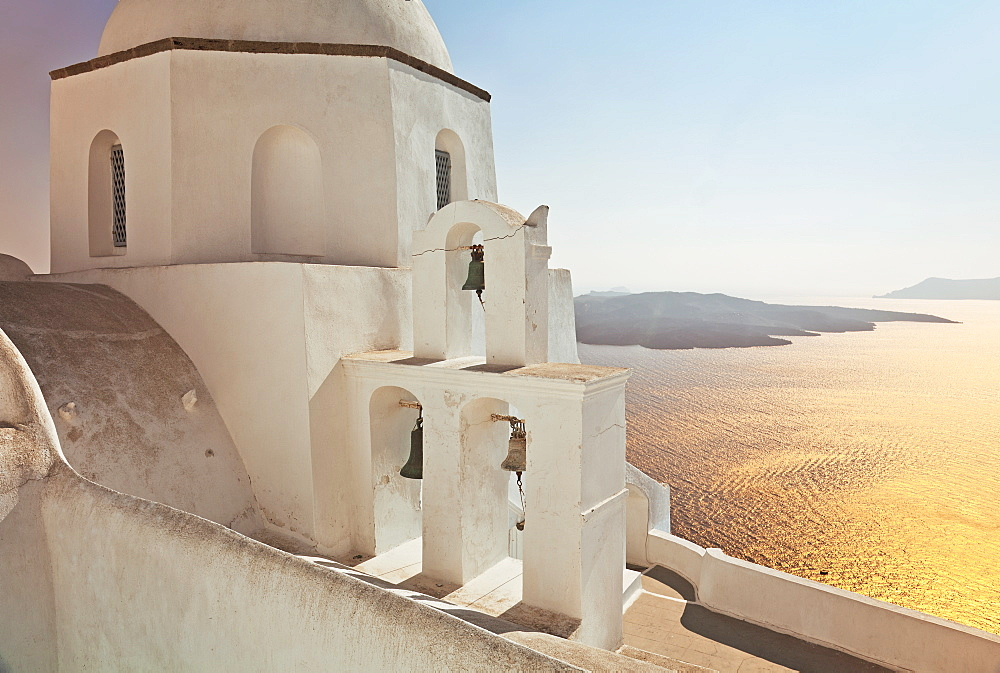 Greek Orthodox Church in Fira, Santorini (Thira), Cyclades Islands, Aegean Sea, Greek Islands, Greece, Europe - 794-1197