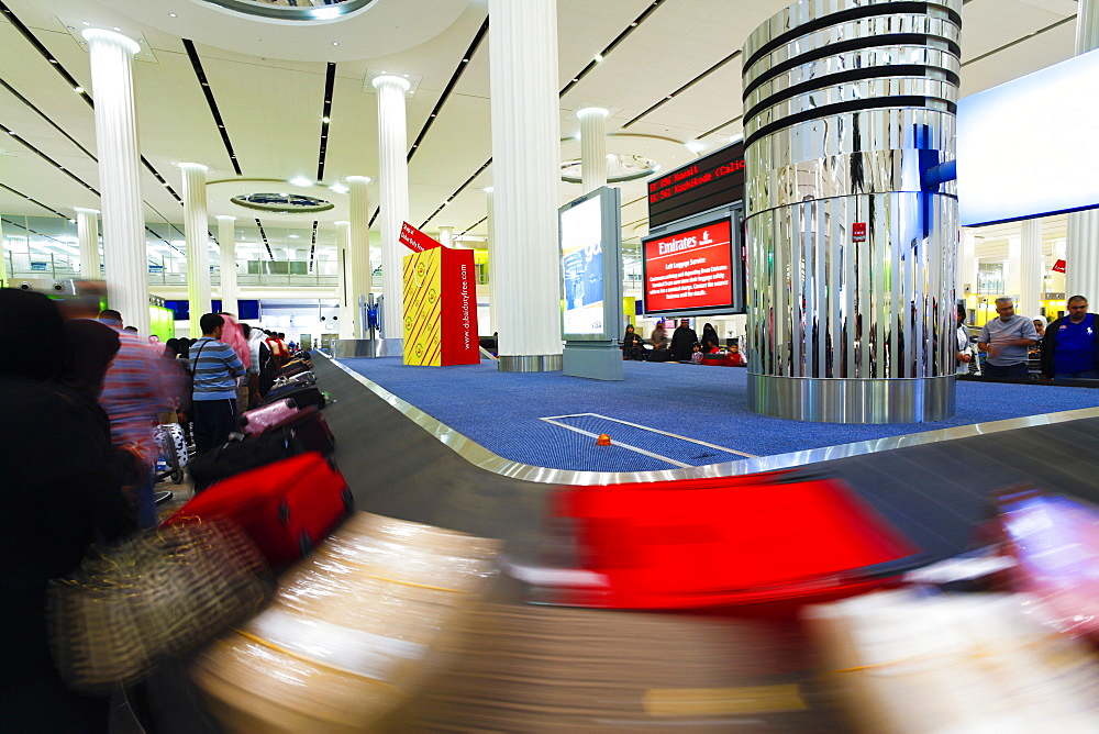 Baggage Carousel in the Arrivals Hall, Terminal 3, Dubai International Airport, Dubai, United Arab Emirates, Middle East