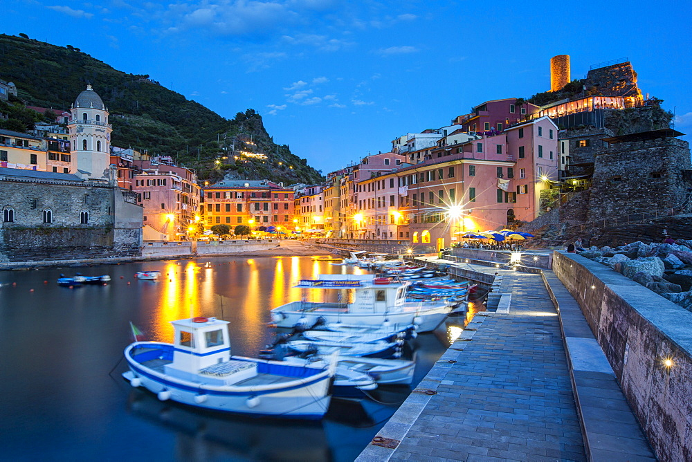 Vernazza, Cinque Terre, UNESCO World Heritage Site, Liguria, Italy, Europe - 794-4259