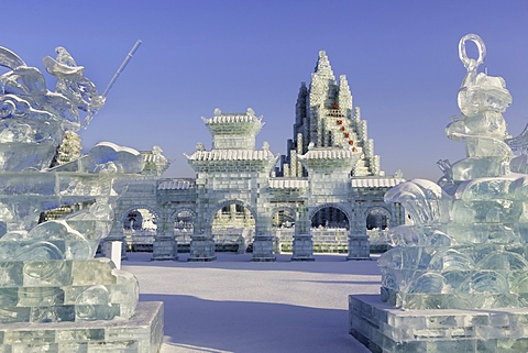 Spectacular ice sculptures at the Harbin Ice and Snow Festival in Harbin, Heilongjiang Province, China, Asia - 794-4293