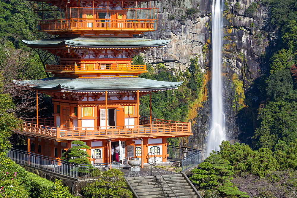 Nachisan Seiganto-ji pagoda at Kumano Nachi Shrine with Nachi Falls in the background, Wakayama, Japan, Asia