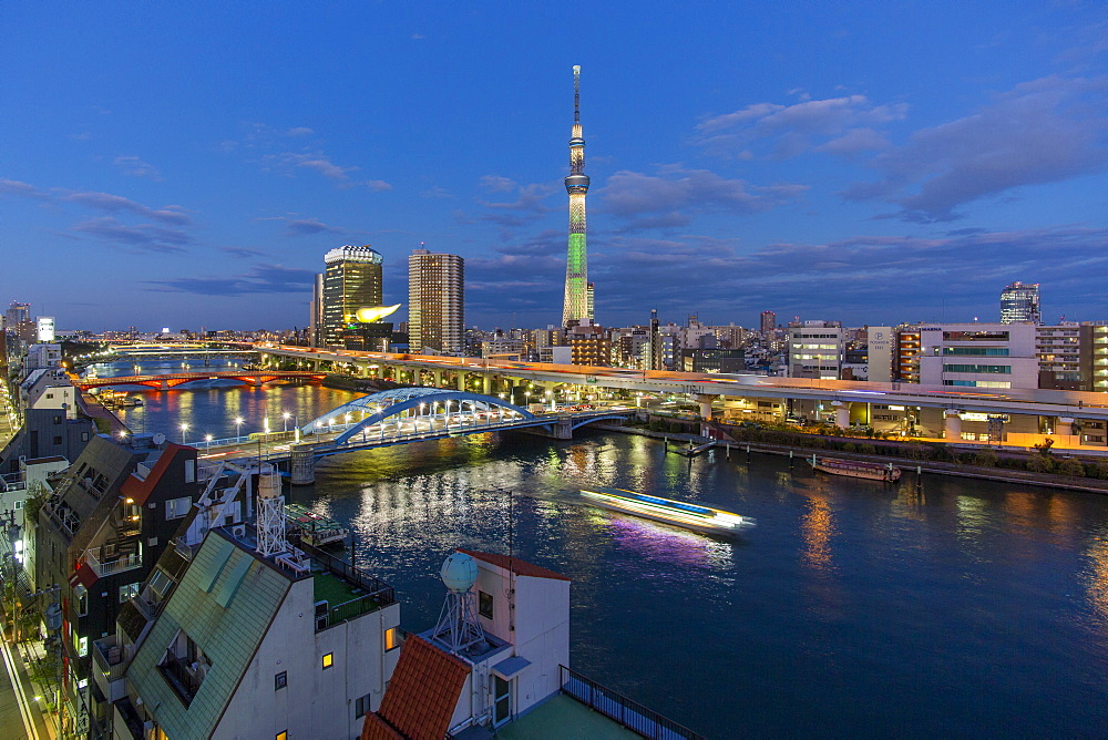 Japan, Tokyo, city skyline and Skytree on the Sumida River - 794-4516