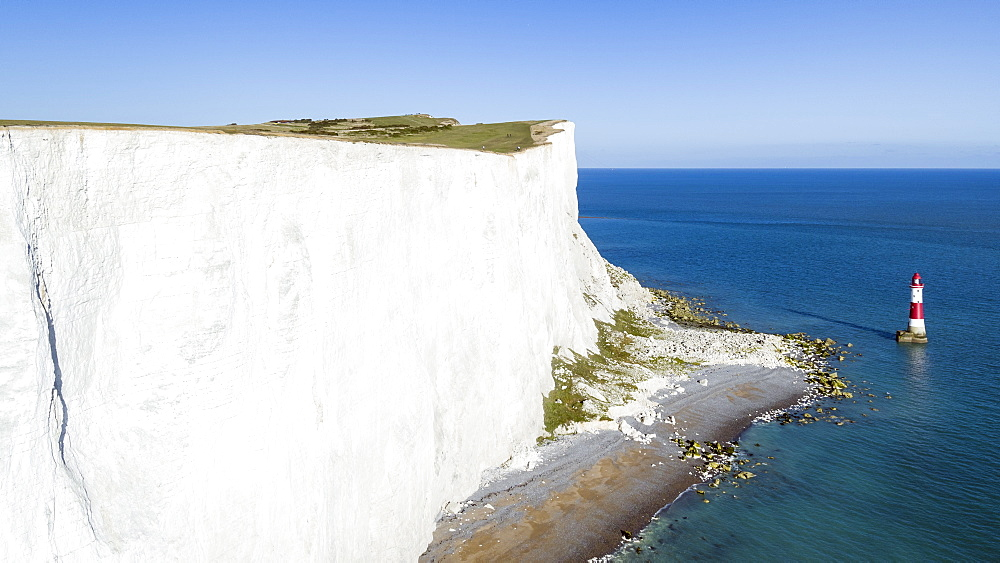 United Kingdom, East Sussex, Eastbourne, Beachy Head lighthouse, Seven Sisters coastline, white chalk cliffs of Beachy Head - 794-4565