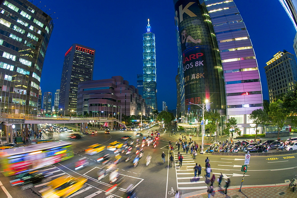 Traffic in front of Taipei 101 at a busy downtown intersection in the Xinyi district, Taipei, Taiwan, Asia - 794-4576