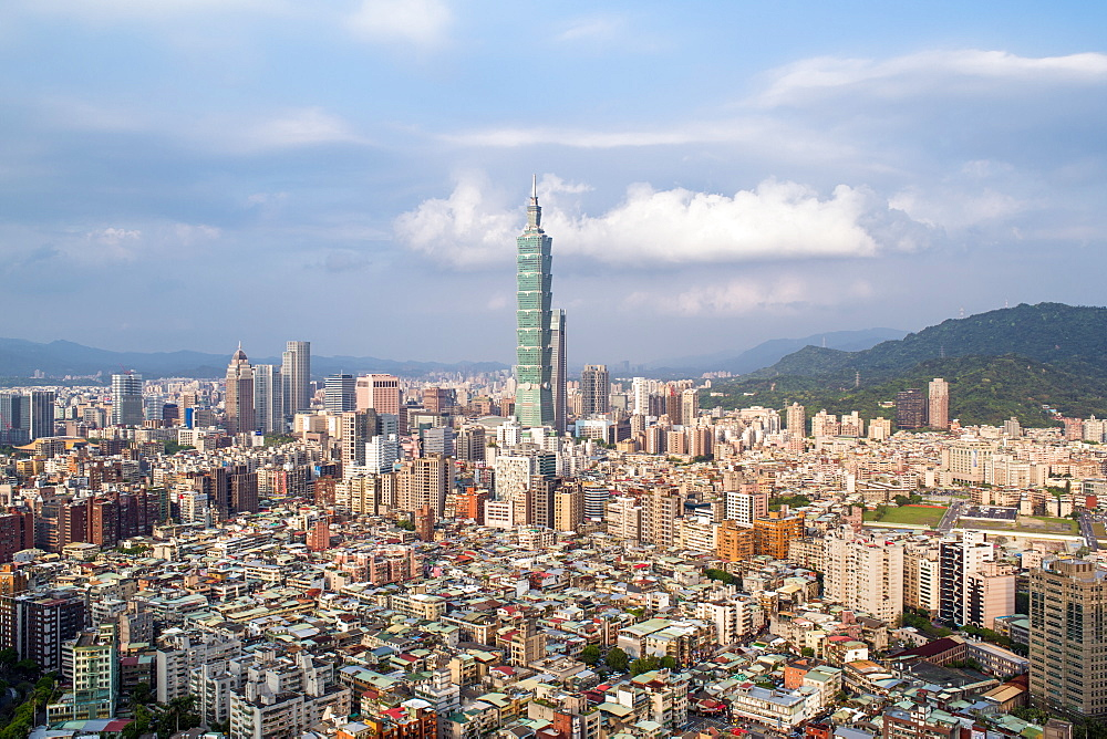 City skyline and Taipei 101 building, Taipei, Taiwan, Asia - 794-4607
