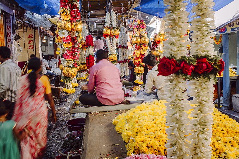 Devaraja flower market, Mysore, Karnataka, India, Asia - 794-4609