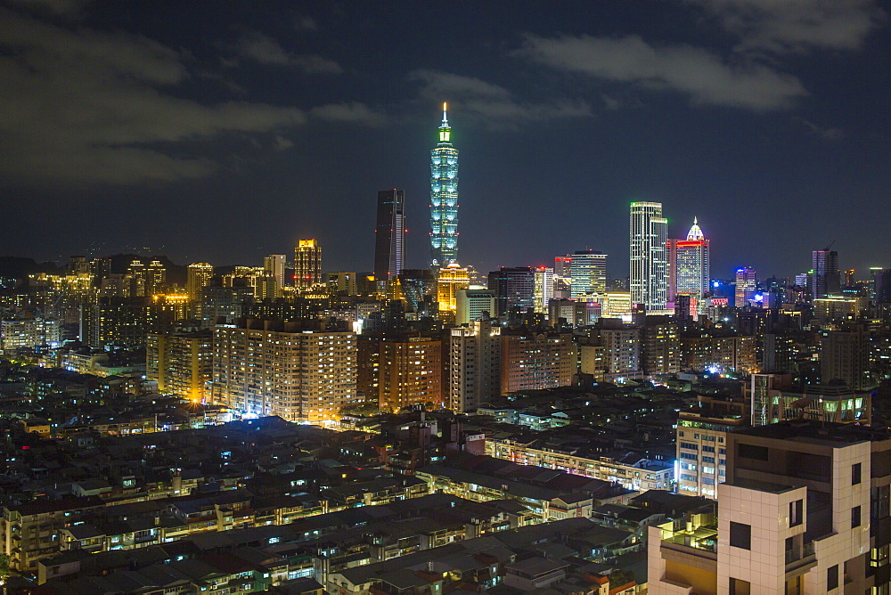City skyline and Taipei 101 building, Taipei, Taiwan, Asia - 794-4614