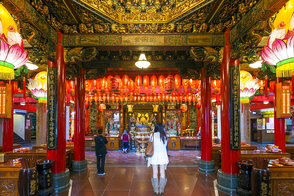 Ciyou Temple, Songshan District, Taipei, Taiwan, Asia - 794-4615