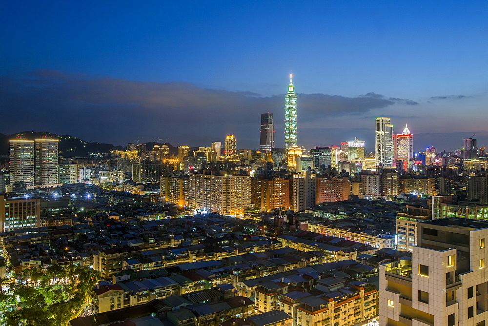 City skyline and Taipei 101 building, Taipei, Taiwan, Asia - 794-4622