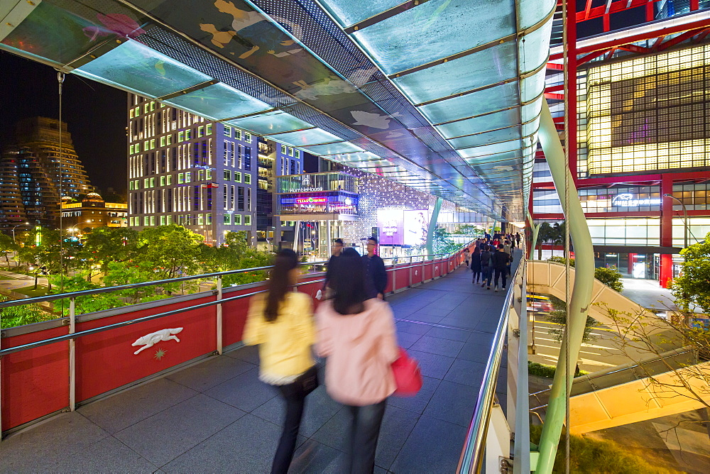 Xinyi downtown district, pedestrian bridge in the prime shopping and financial district, Taipei, Taiwan, Asia - 794-4626