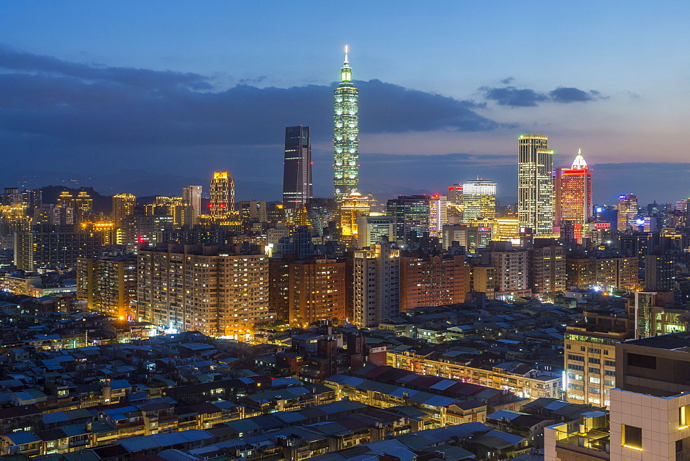 City skyline and Taipei 101 building, Taipei, Taiwan, Asia - 794-4633