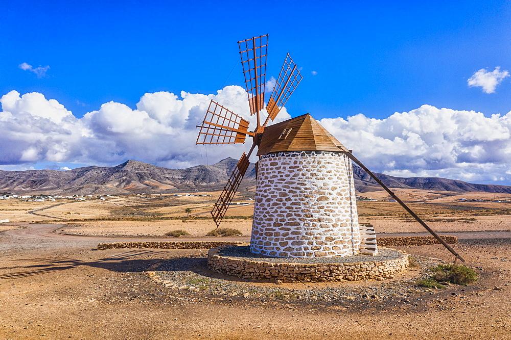 Molino de Tefia, traditional windmill in Tefia, Fuerteventura, Canary Islands, Spain, Atlantic, Europe