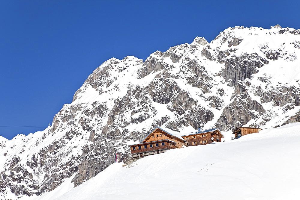 Resort pistes and mountain restaurant, St. Anton am Arlberg, Tirol, Austrian Alps, Austria, Europe