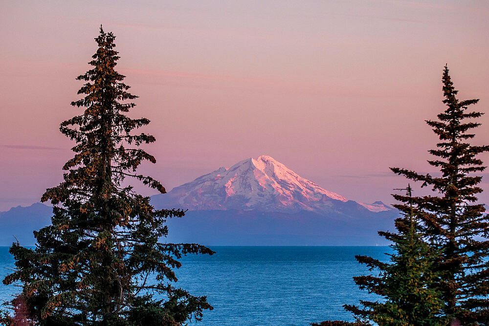 Mount Redoubt, Lake Clark National Park and Preserve, Alaska, United States of America, North America - 796-2380