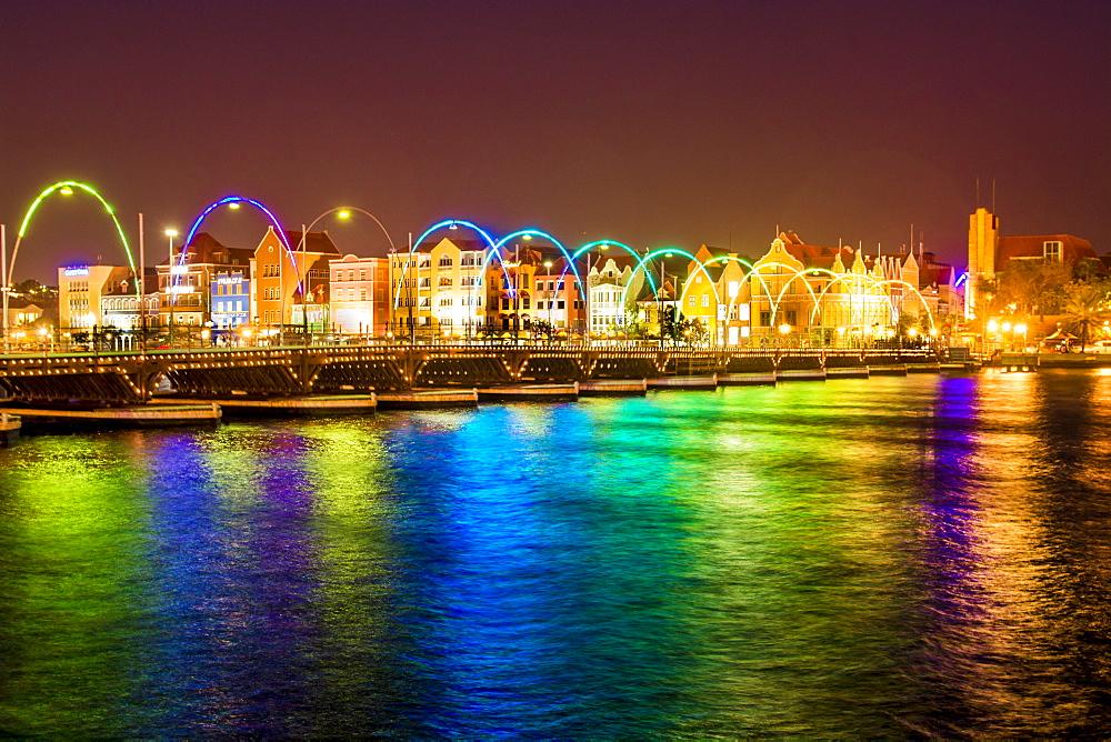 Queen Wilhelmina Bridge, evening, Willemstad, Curacao, ABC Islands, Dutch Antilles, Caribbean, Central America
