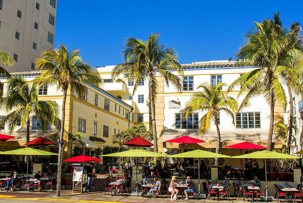 Street scenes along Ocean Drive, South Beach district, Miami, Florida, United States of America, North America - 796-2504