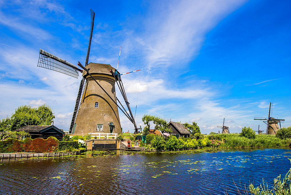 Windmill in Unesco World Heritage Site, Kinderdijk, Holland, Netherlands.