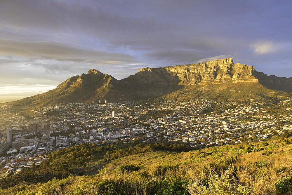 Table Mountain at dawn, Cape Town, Western Cape, South Africa