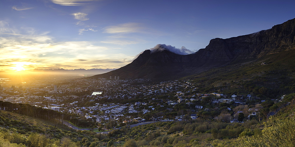 View of City Bowl and Table Mountain at sunrise, Cape Town, Western Cape, South Africa