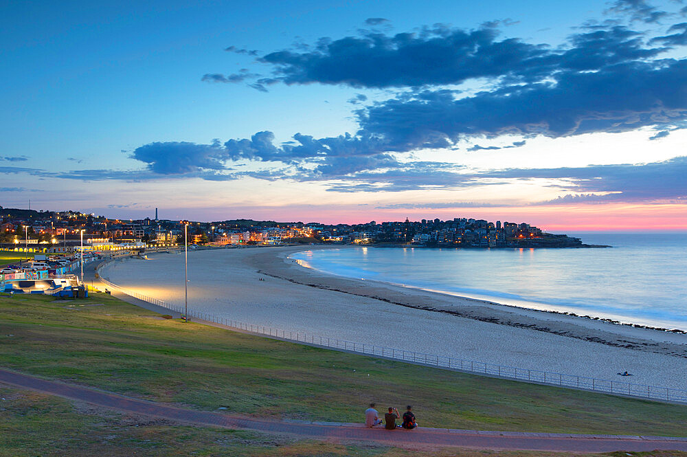 Bondi Beach at dawn, Sydney, New South Wales, Australia, Pacific