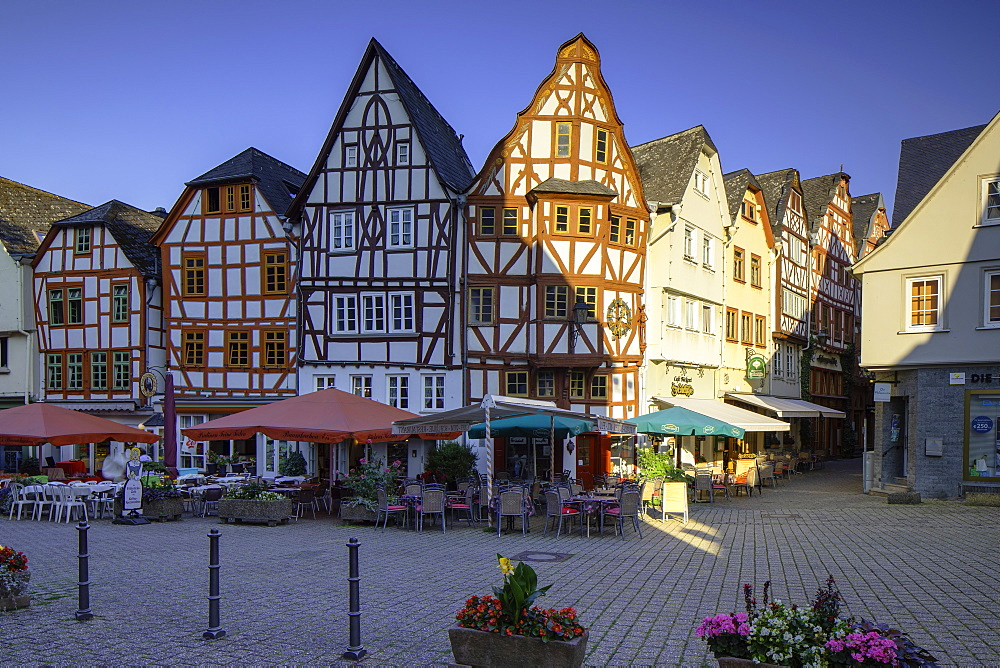 Half-timbered buildings in Bischofsplatz, Limburg (Limburg an der Lahn), Hesse, Germany, Europe