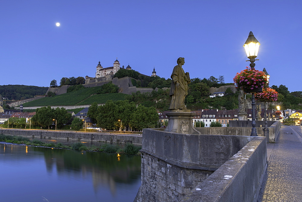 Marienberg Fortress and Old Main Bridge at dawn, Wurzburg, Bavaria, Germany - 800-3582