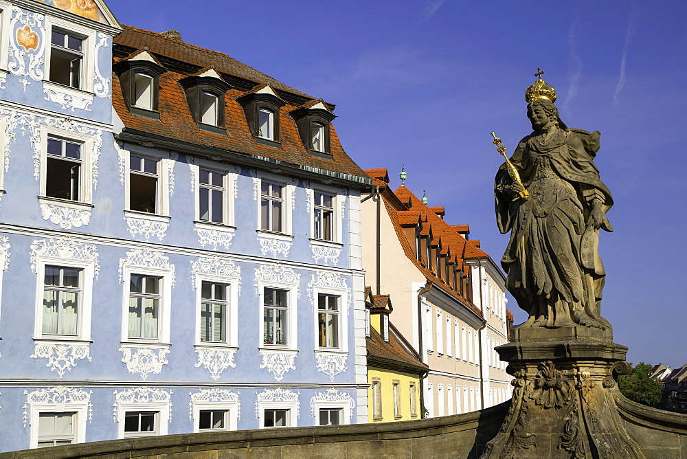 Kaiserin Kunigund statue, Bamberg, UNESCO World Heritage Site, Bavaria, Germany, Europe - 800-3597