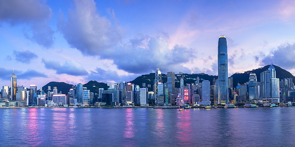 Skyline of Hong Kong Island at sunset, Hong Kong, China, Asia - 800-3973