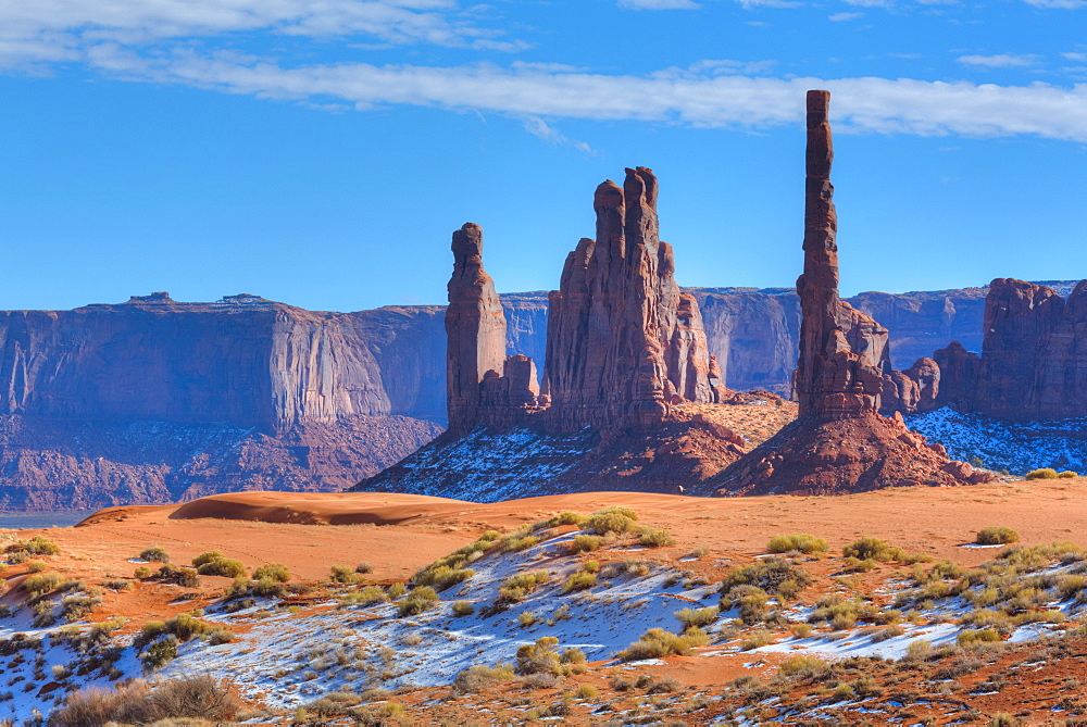 Totem Pole and Yei Bi Chei, Monument Valley Navajo Tribal Park, Utah, USA