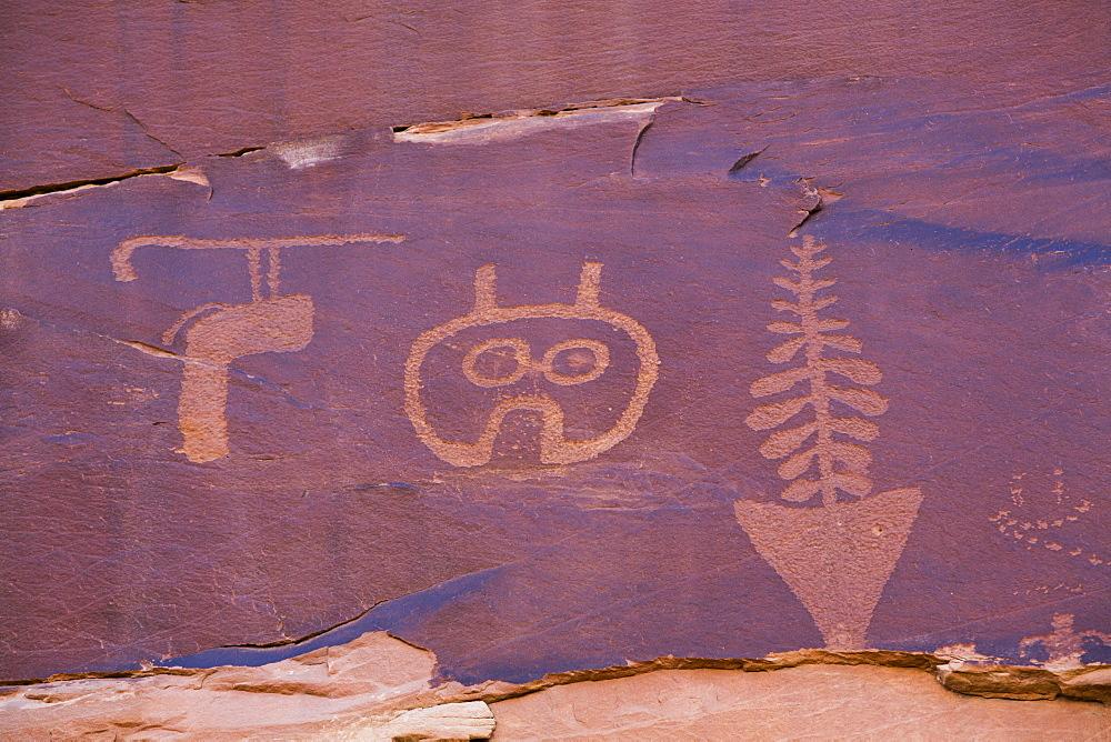 Wolfman Petroglyph Panel, Bultler Wash, near Bluff, Utah, United States of America, North America