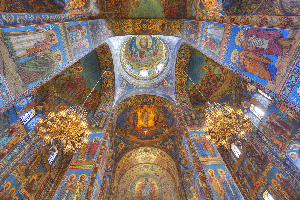 Ceiling and wall frescos, Church on Spilled Blood (Resurrection Church of Our Saviour), UNESCO World Heritage Site, St. Petersburg, Russia, Europe