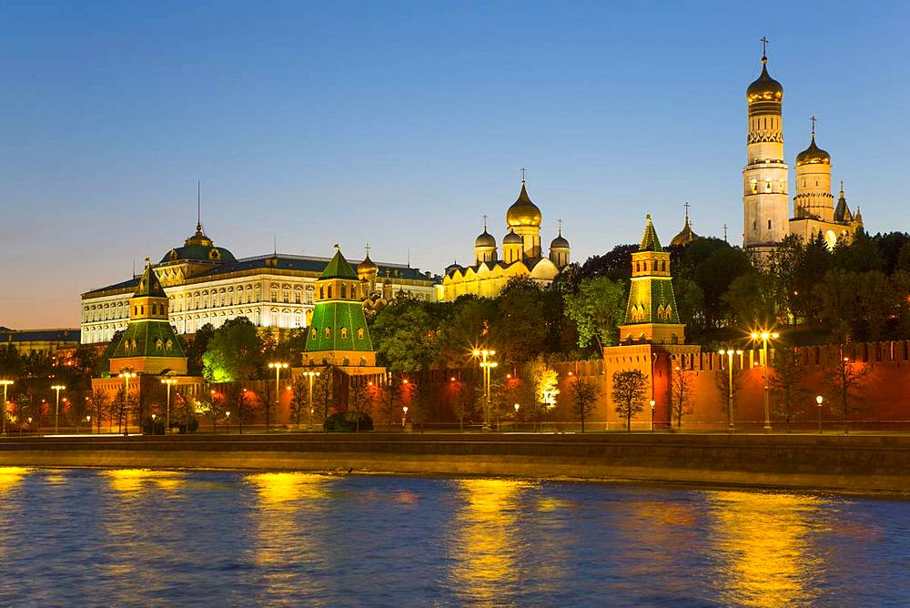 Evening, Moscow River, Kremlin, UNESCO World Heritage Site, Moscow, Russia - 801-2383
