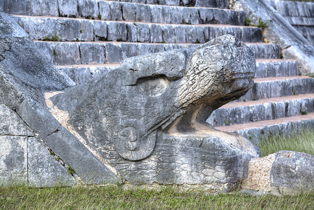 Serpent Head, El Castillo, Chichen Itza, UNESCO World Heritage Site, Yucatan, Mexico, North America
