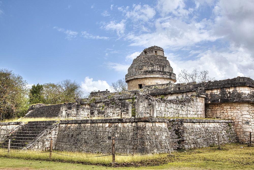 Observatory (Caracol), Chichen Itza, UNESCO World Heritage Site, Yucatan, Mexico, North America