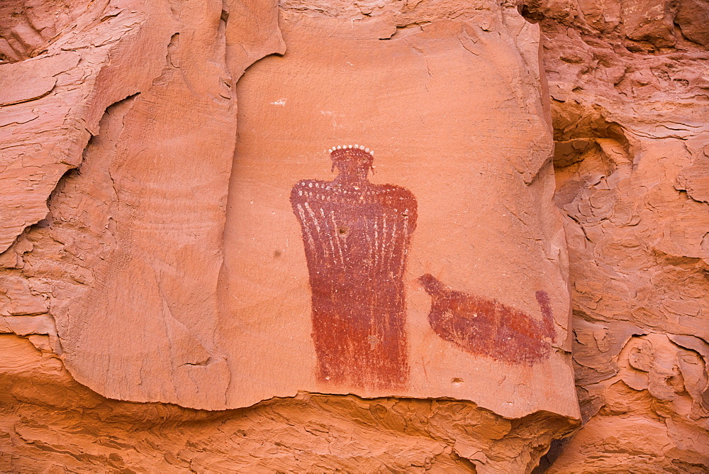 Moki (Moqui) Queen Pictograph, Glen Canyon National Recreation Area, Utah, United States of America, North America