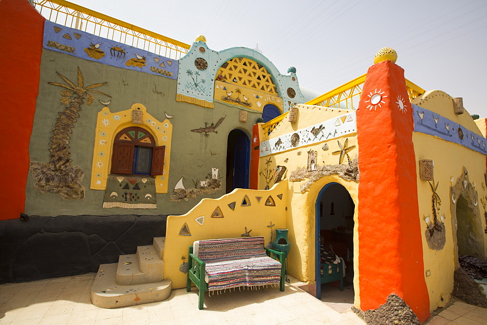 Painted Buildings, Nagaa Suhayi Gharb, Nubian Village, Aswan, Egypt, North Africa, Africa