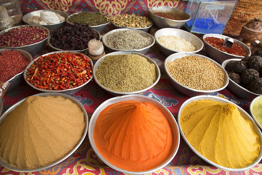 Spices, Nagaa Suhayi Gharb, Nubian Village, Aswan, Egypt, North Africa, Africa