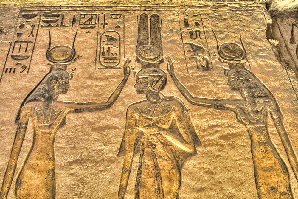 Nefertari in center, with Dieties, Reliefs, Temple of Hathor and Nefertari, UNESCO World Heritage Site, Abu Simbel, Nubia, Egypt, North Africa, Africa