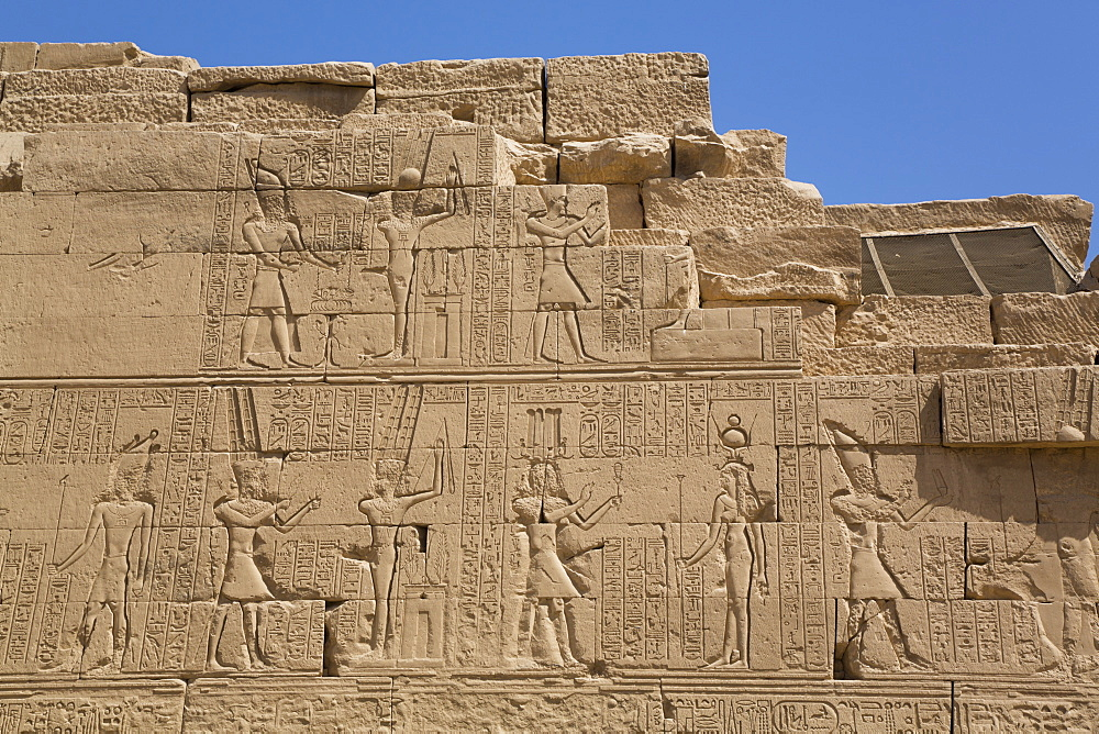 Wall of Reliefs, Temple of Osiris and Opet, Karnak Temple Complex, UNESCO World Heritage Site, Luxor, Thebes, Egypt, North Africa, Africa - 801-2996