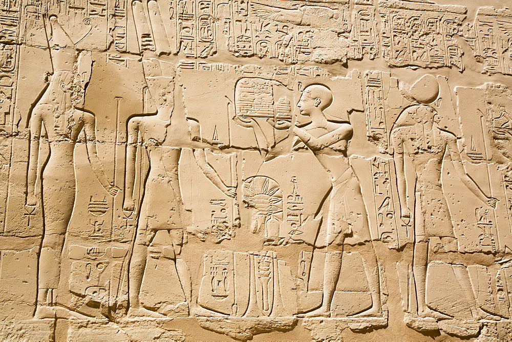 Reliefs, Offering to God Amun, Great Hypostyle Hall, Karnak Temple Complex, UNESCO World Heritage Site, Luxor, Thebes, Egypt, North Africa, Africa