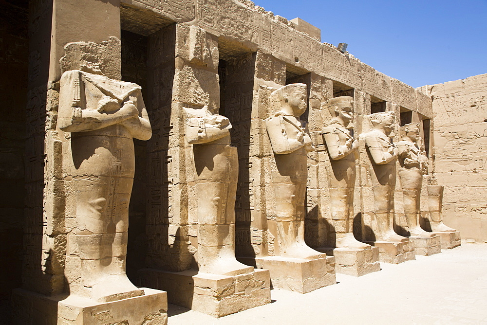 Statues of Ramses III, Temple of Ramses III, Karnak Temple Complex, UNESCO World Heritage Site, Luxor, Thebes, Egypt, North Africa, Africa