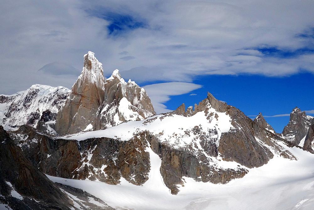 Cerro Torre, El Chalten Massif, Los Glaciares National Park, UNESCO World Heritage Site, Argentine Patagonia, Argentina, South America