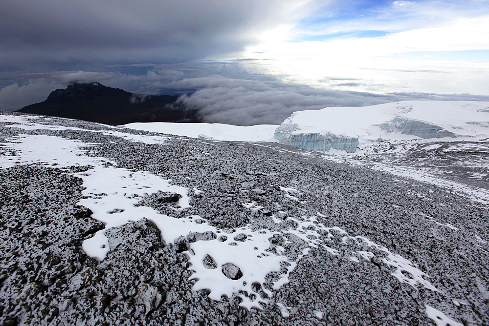 The summit rocks and glacier of Uhuru Peak, Kilimanjaro, Tanzania, East Africa, Africa - 802-368
